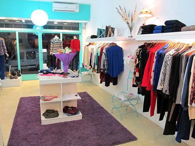 414b73907778 Fabricante de muebles para locales de ropa Estantes flotantes ...