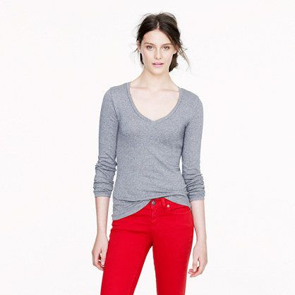 Perfect-fit long-sleeve V-neck tee