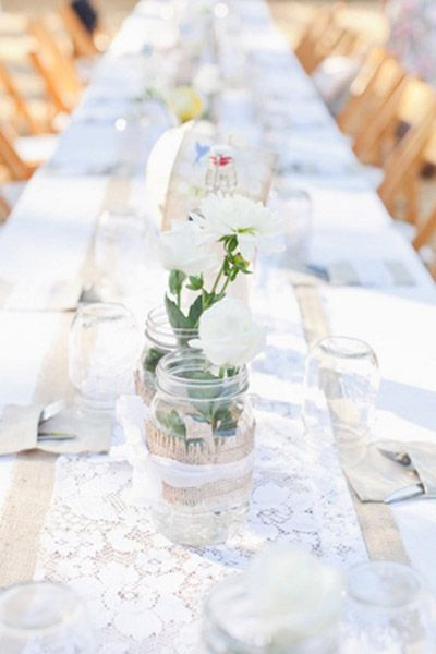 Trend We Love Lace Wedding Details Table Runnerslace