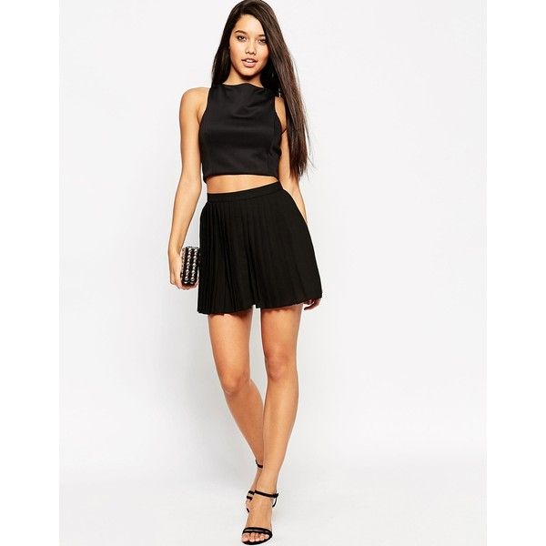 ASOS Woven Pleated Shorts (61 CAD) ❤ liked on Polyvore featuring shorts, black, highwaisted shorts, high waisted pleated shorts, tall shorts, highwaist shorts and elastic waist shorts