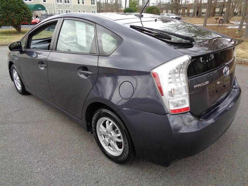 Image Result For Toyota Prius Iii 2011 Grey Prius Toyota Prius