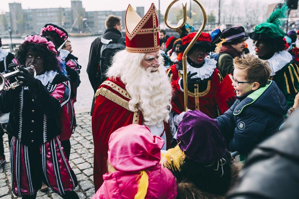 Intocht Sinterklaas In De Havenkom Van Almere Haven 12 November 2016 3 C Ali Mousavi Sinterklaas Film Foto S