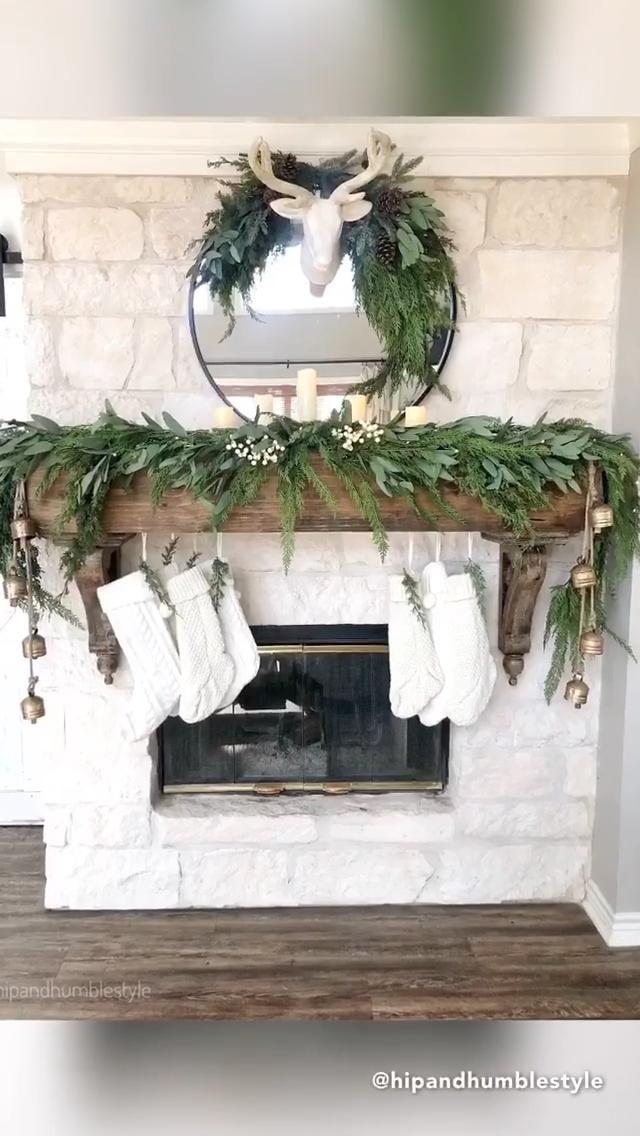 Christmas Farmhouse Mantle Decor