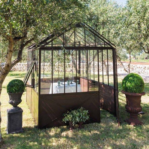 Decoration idea a greenhouse in a loft (3)