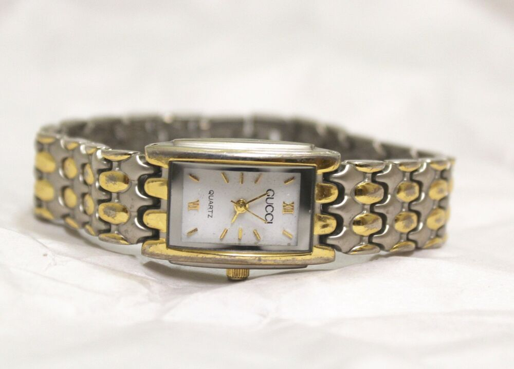 39e10377fc8 GUCCI Womens Rectangle Wrist Watch 2 Tone Silver Gold RUNS 731903071209