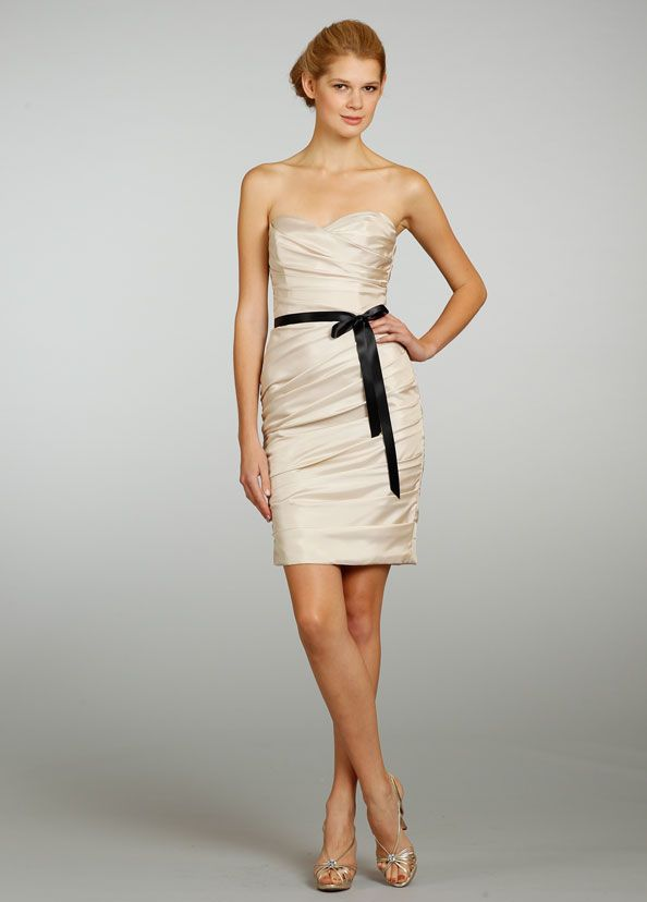 A-line Sweetheart Knee-length Pleated Bridesmaid Dress with Black Satin Waist Belt