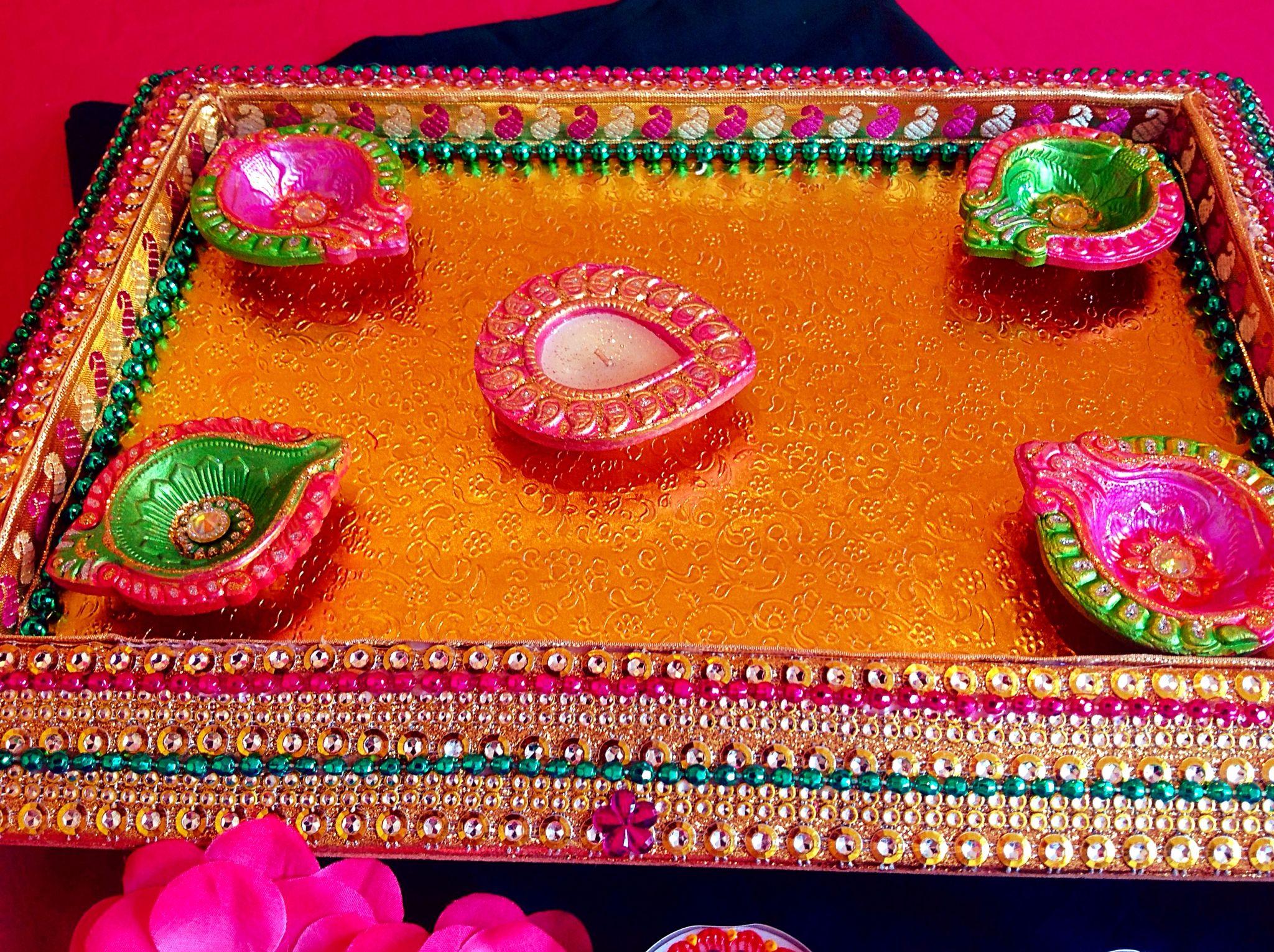 Mehndi Decoration Trays : Beautiful mehndi plate tray can be used for mitai fruit platter