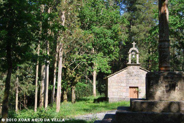 XOAN ARCO DA VELLA: CAPILLA DE SAN HUBERTO - PONTECESURES
