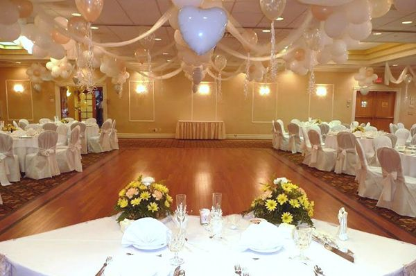 weddings wedding balloons balloon dance wedding dance floors wedding