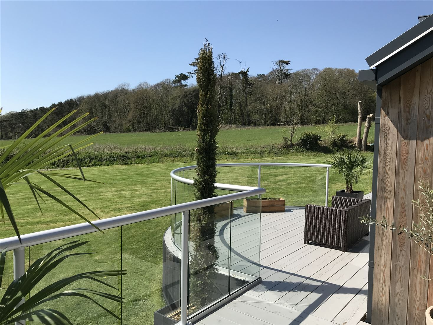 Best Curved Glass Balustrade Glass Balustrade Curved Glass 400 x 300