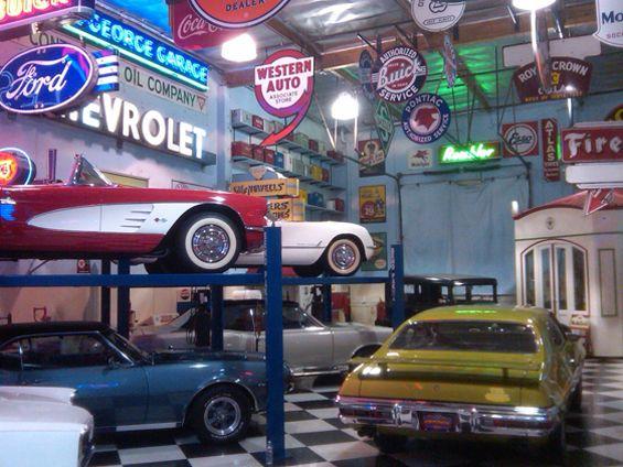 Classic Car Garage Design Dreamgarage Mancave - Classic car garage