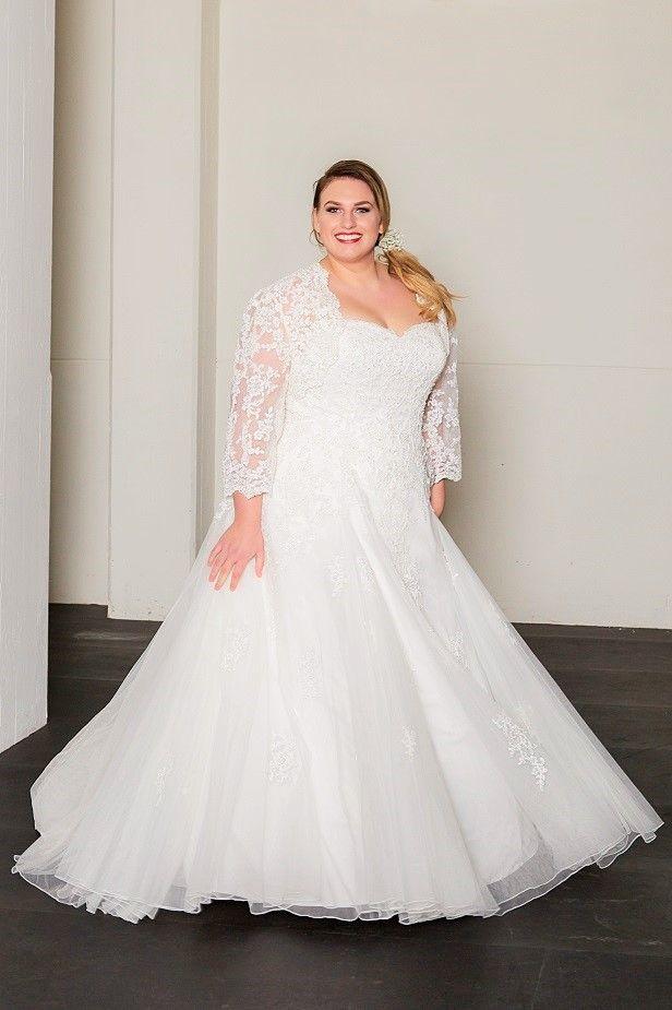 BRIDALSTAR Plus Size Brautkleid | Plus Size Bridal | Pinterest ...