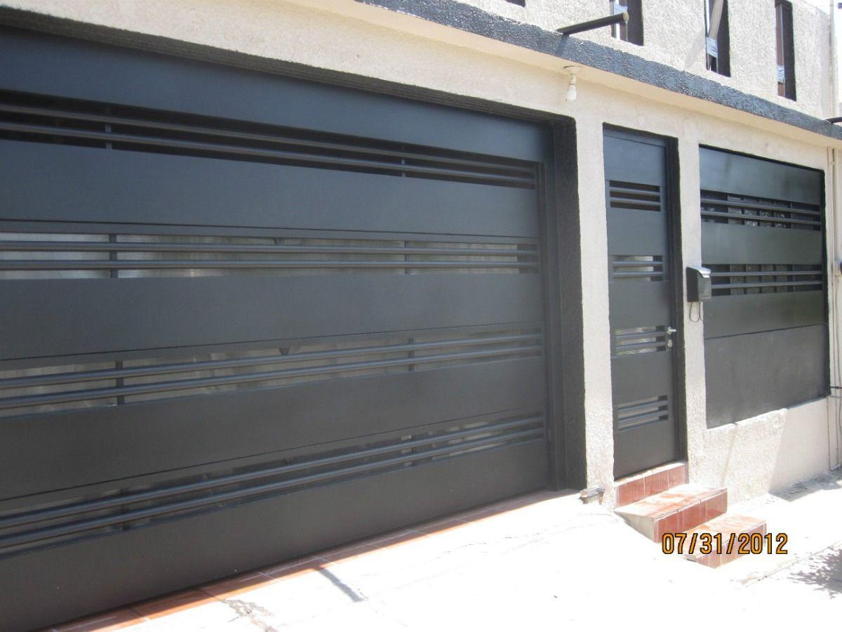 Fachadas modernas puertas portones minimalistas for Fachadas de casas modernas con zaguan