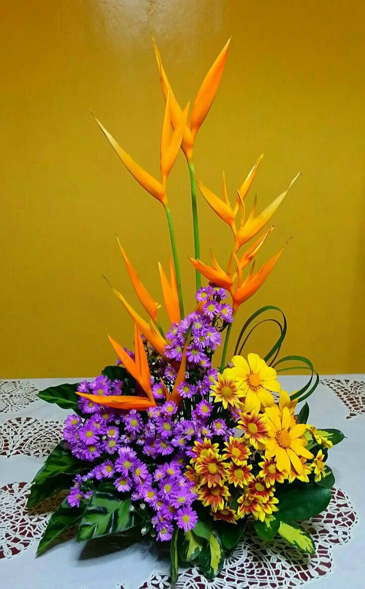 Pin by Hamidoo on wreaths & arrangements Creative flower