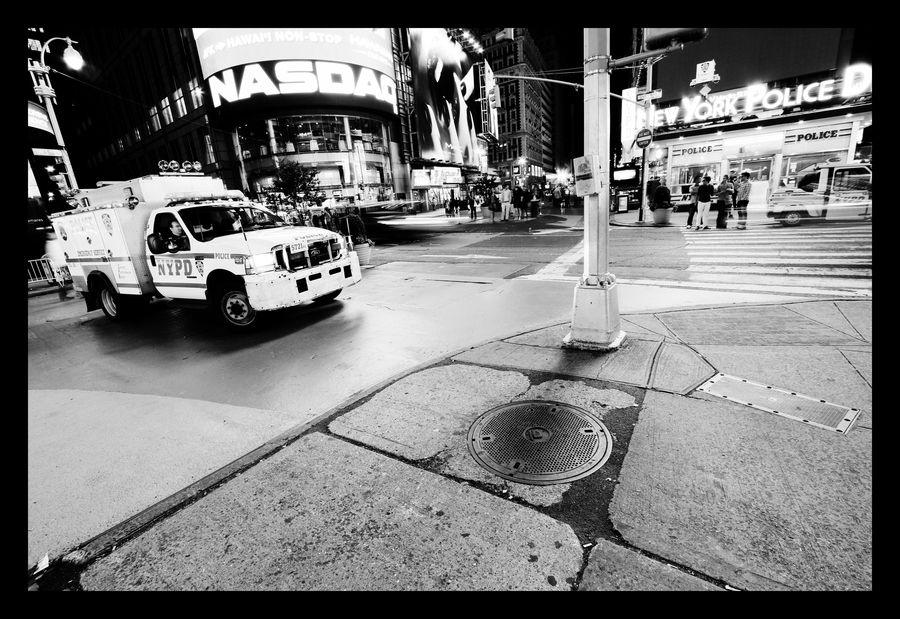 Night Walk In Manhattan by Kwanghyun Chi, via 500px
