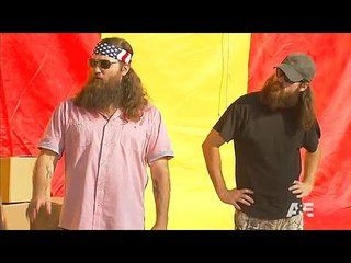 Duck Dynasty: Termite Be a Problem: Promo --  -- http://wtch.it/c46W8