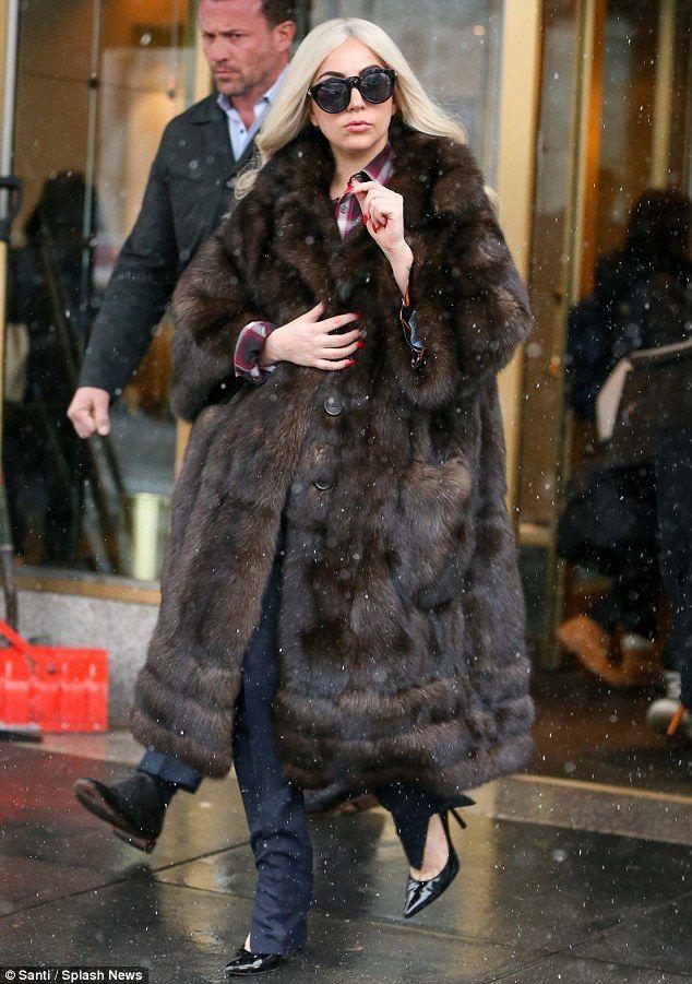 89f51c9c35be  Lady  Gaga wearing  sable  coat.  Lady  Gaga wearing  sable  coat Brown Faux  Fur ...