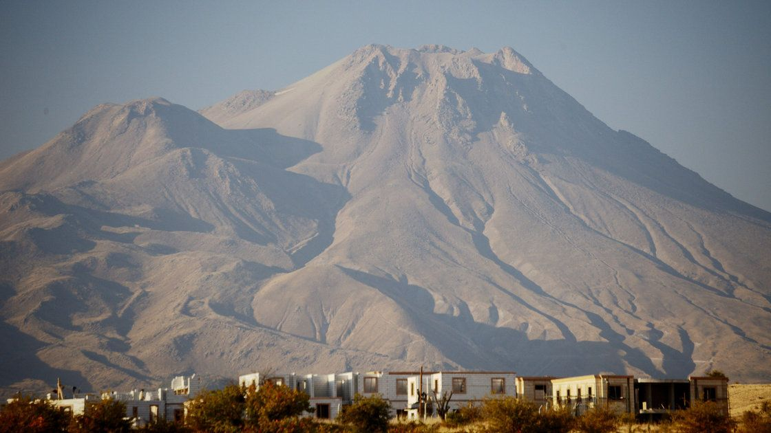 An analysis of pumice samples from Turkey's Hasan Dagi mountain confirms the volcano did erupt around 9,000 years ago — within the rough tim...