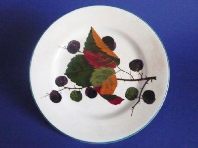 Wemyss Ware 'Brambles' Plate c1910