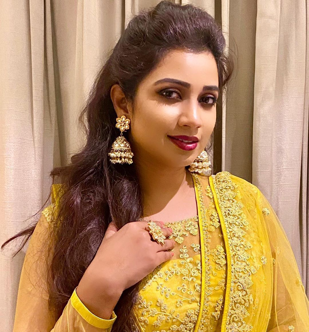 Shreya Ghoshal (With images)   Most beautiful women, South