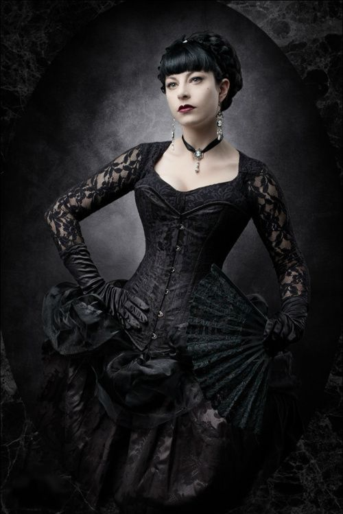 Neo Victorian Goth Girl With Fan Goth Punk Rockabilly Edgy Looks And The Darkside