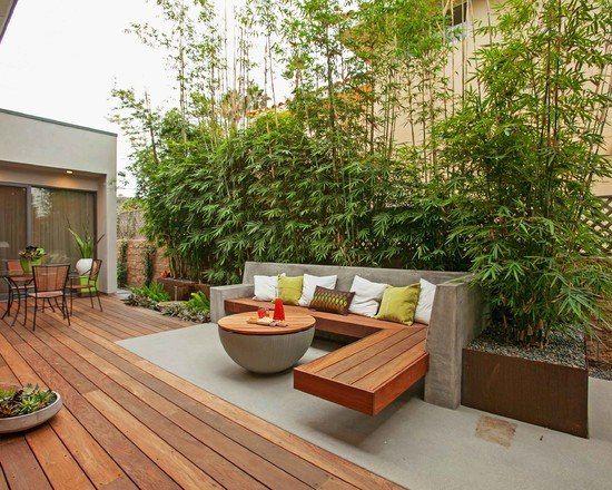 Perfekt Terrassengestaltung Garten Bambuspflanzen Sichtschutz Beton Holz Sitzbank  Tisch