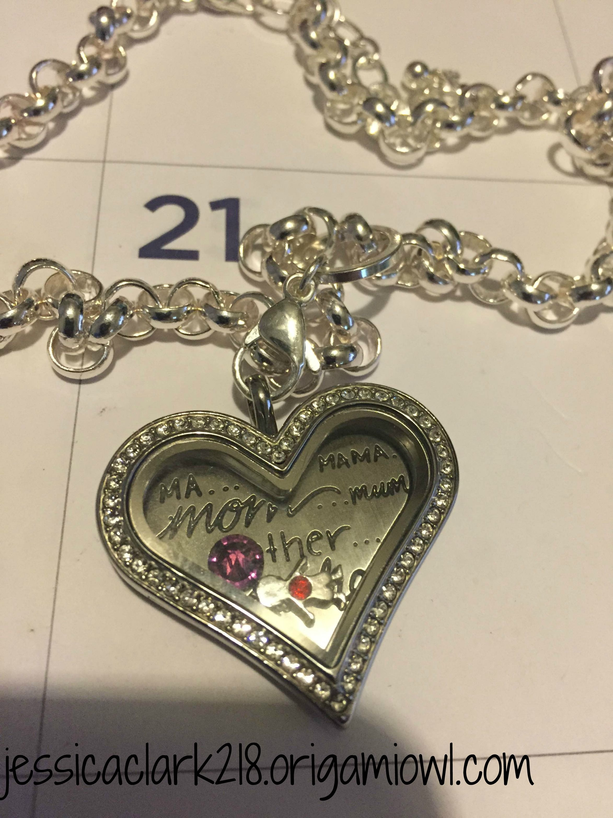 Locket of the day origami owl large heart locket with mom plate locket of the day origami owl large heart locket with mom plate jeuxipadfo Images