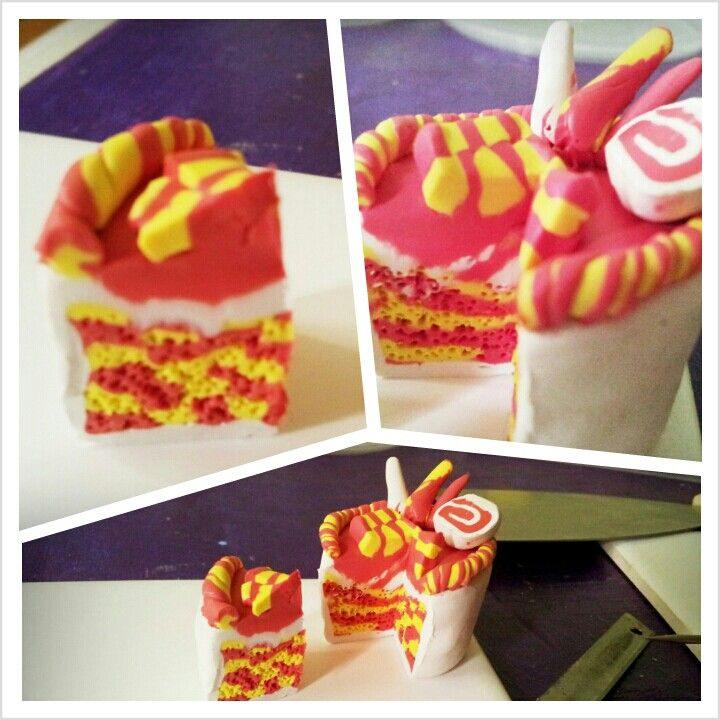 Ive tried checkered this time.. it works! Now my cake looks like a decent cake. #CLAY #DIY #CAKES