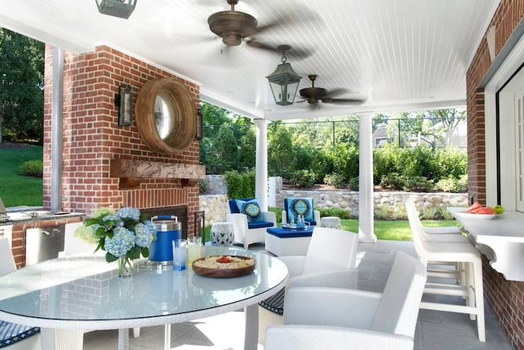 Traci Rhoads Interiors   Decks/patios   Trina Turk Super Paradise, Patio  Bar Window