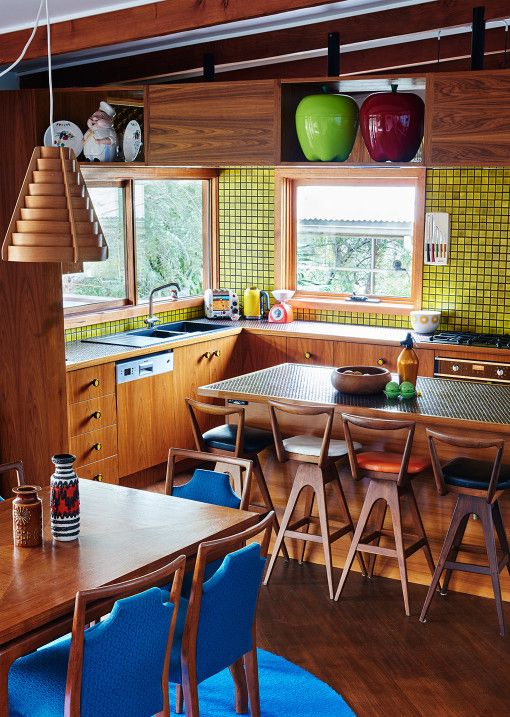 mid century style kitchen th brown stools top ten australian homes of 2015 annie price and jamie paterson the design files - Top Ten Design Blogs