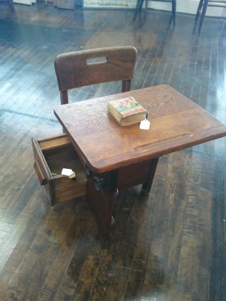 school desk daddy s attic pinterest school desks desk and rh pinterest com
