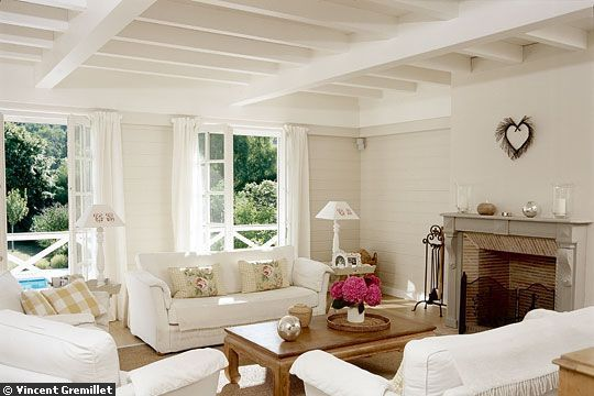 Willow Decor: Calming Rooms In White
