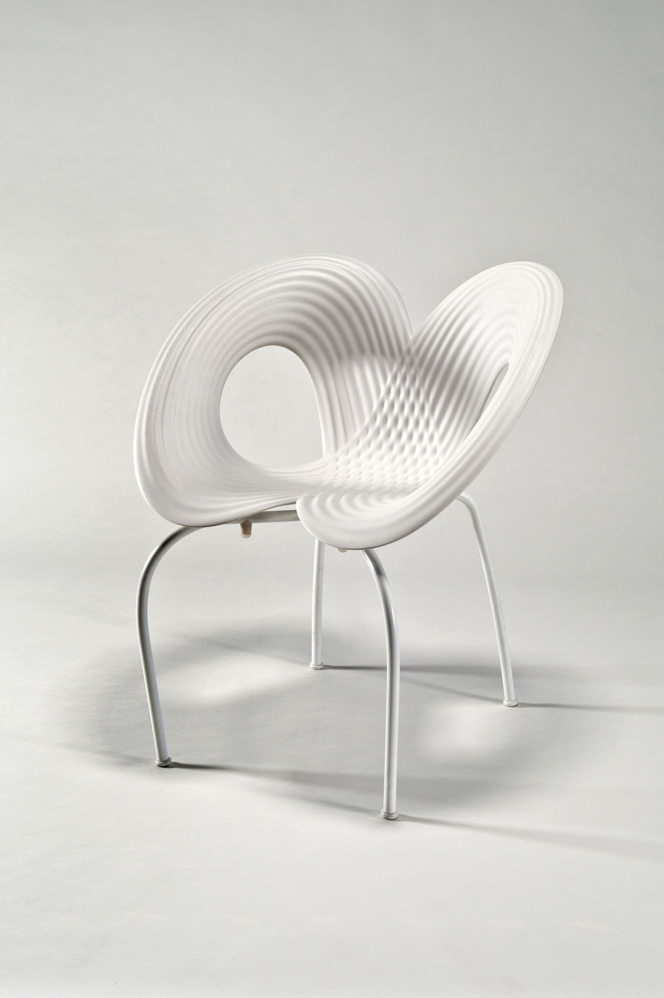 Ripple chair handsigned by ron arad for moroso 单椅 pinterest