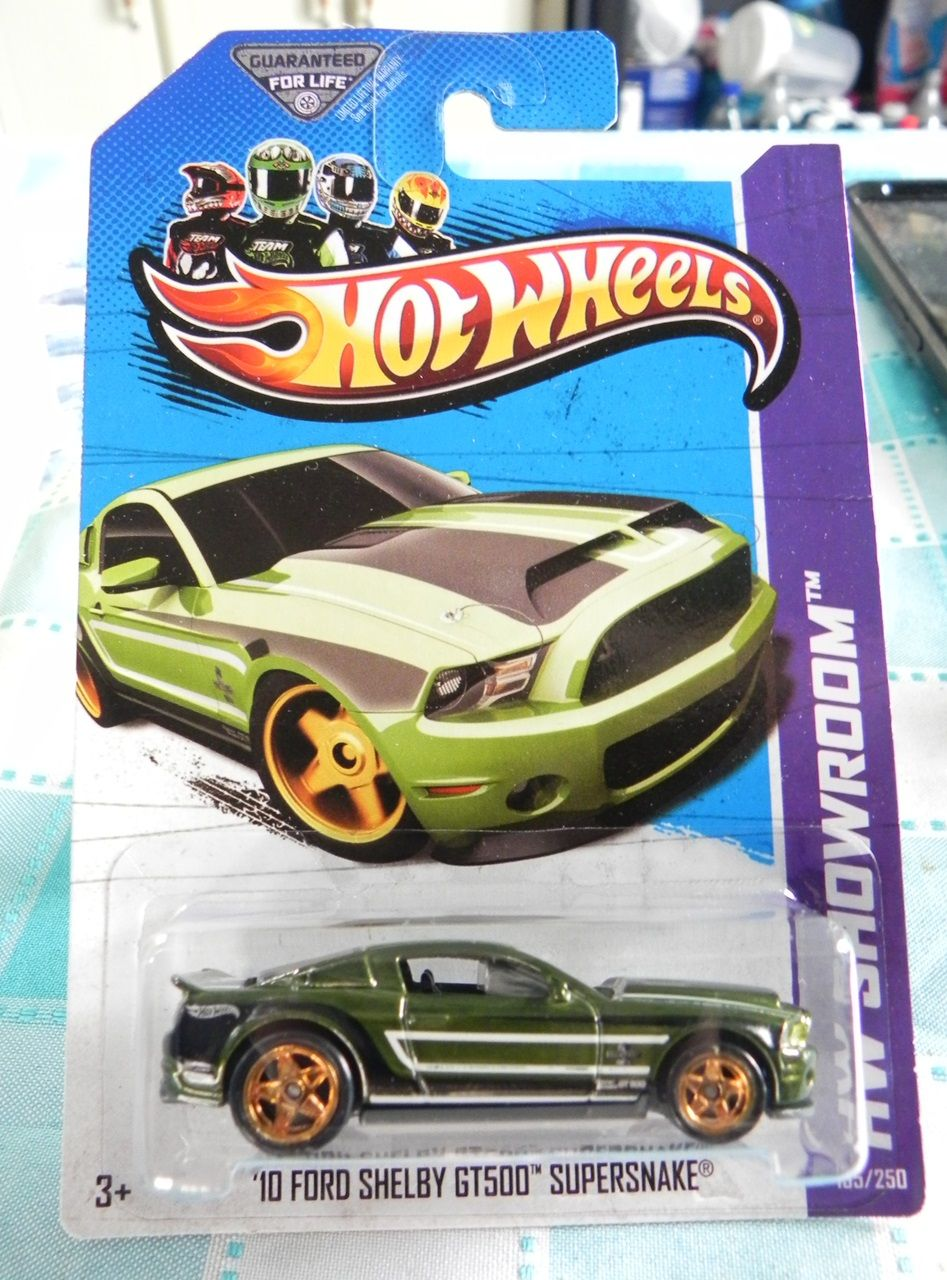 10 Ford Shelby Gt500 Super Snake Spectraflame Green 2013 Sth Hotwheels Collection Hot Wheels Mustang Hot Wheel Gifts Hot Wheels Treasure Hunt