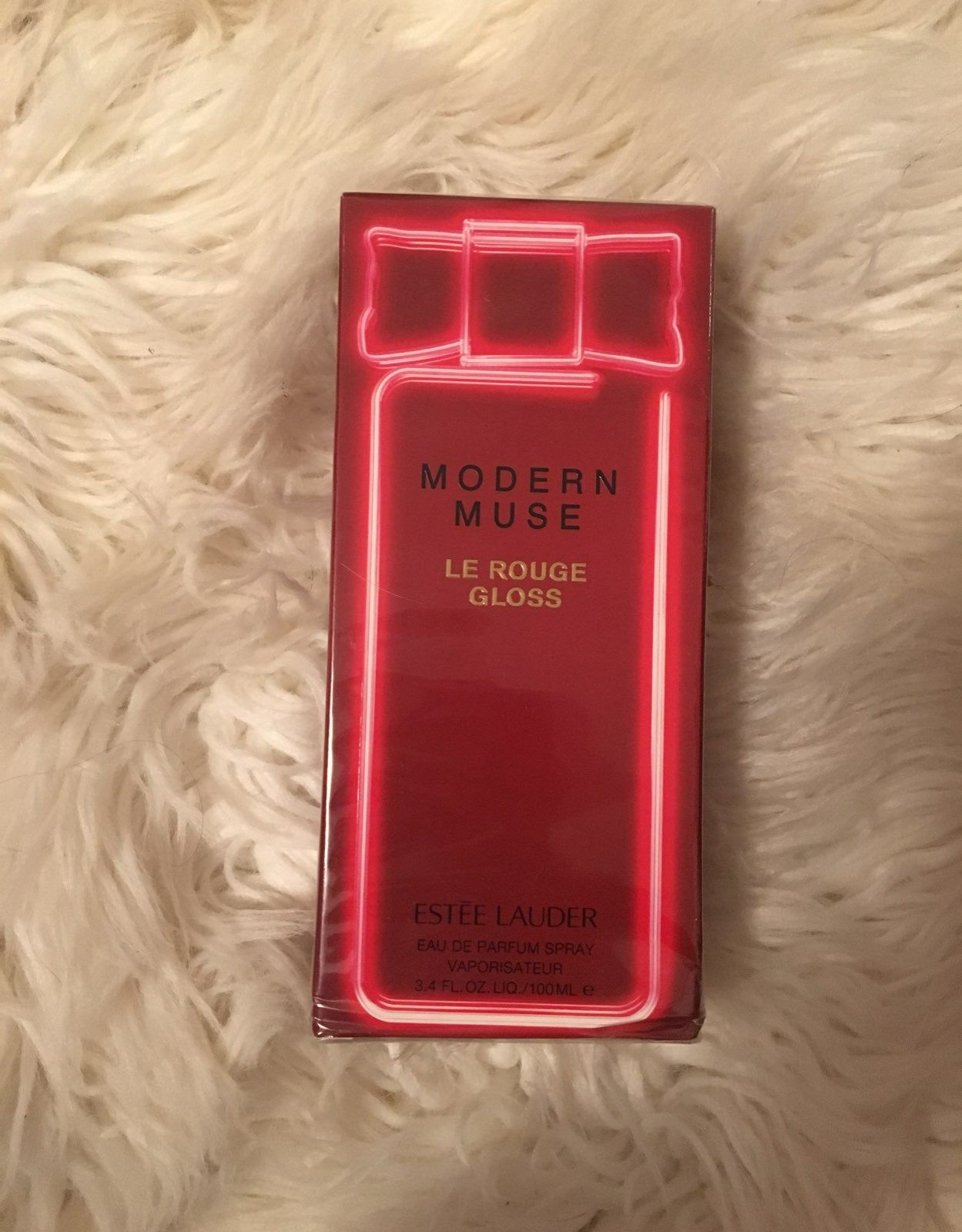 New Modern Muse 3 4 Fl Oz Le Rouge Gloss Eau De Parfum Smells Of Rich Roses Beautiful Sweet Scent Estee Lauder Modern Muse Modern Muse Sweet Scents