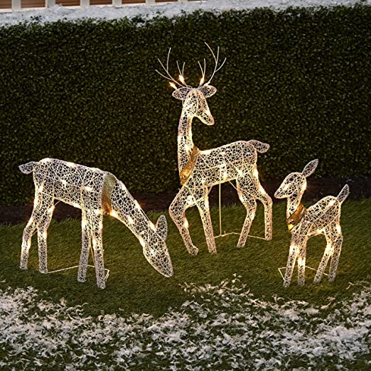Amazon Com The Lakeside Collection 3 Pc Lighted Deer Family Outdoor Christmas Win Christmas House Lights Xmas Decorations Outdoor Outdoor Christmas Lights