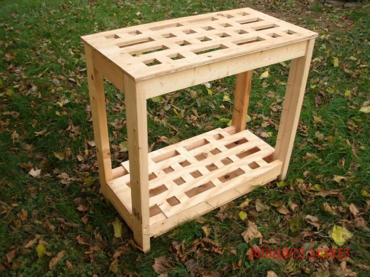 Diy Free Standing Tool Rack I Like This Idea As A Way To Keep