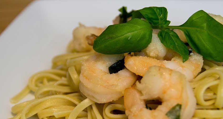 Shrimp Linguini | Recipe | Spicy recipes, Recipes, Gerd ...