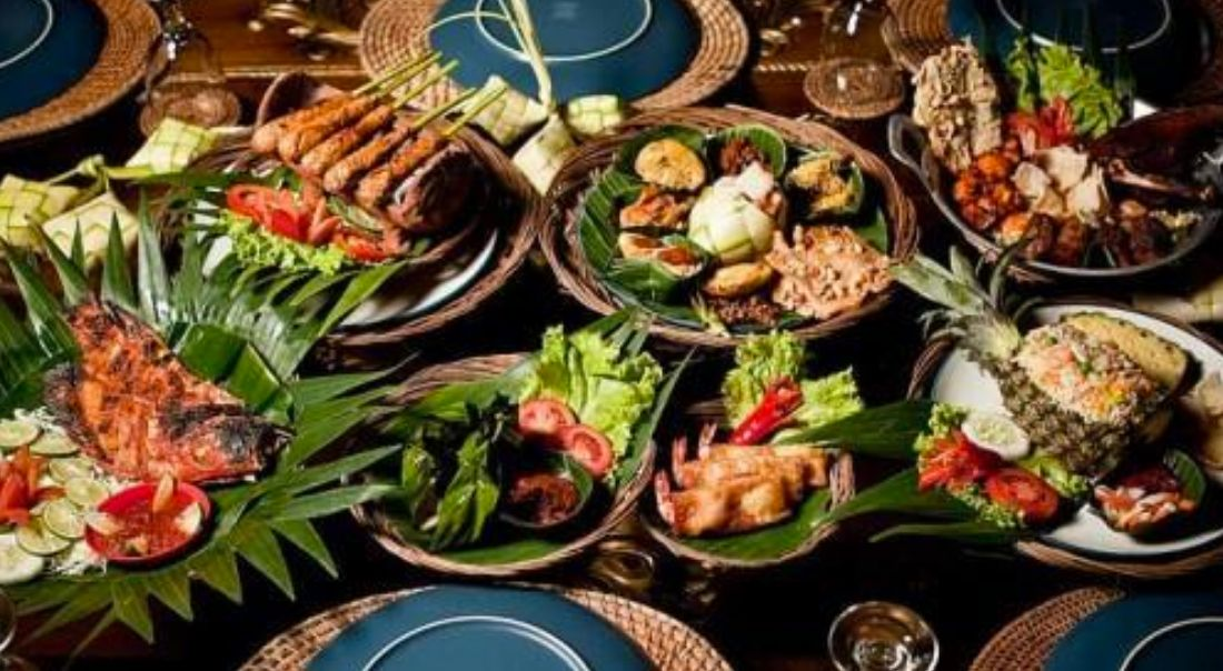 Pin by shymimi on bali food Bali food, Food, Traditional