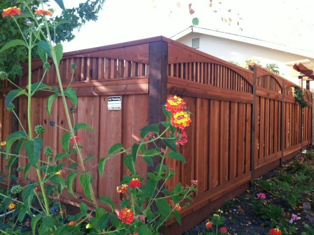 Gorgeous Redwood Fence With Piano Key Lattice Www Aandjfencing Com Backyard Pergola Backyard Fences Pergola