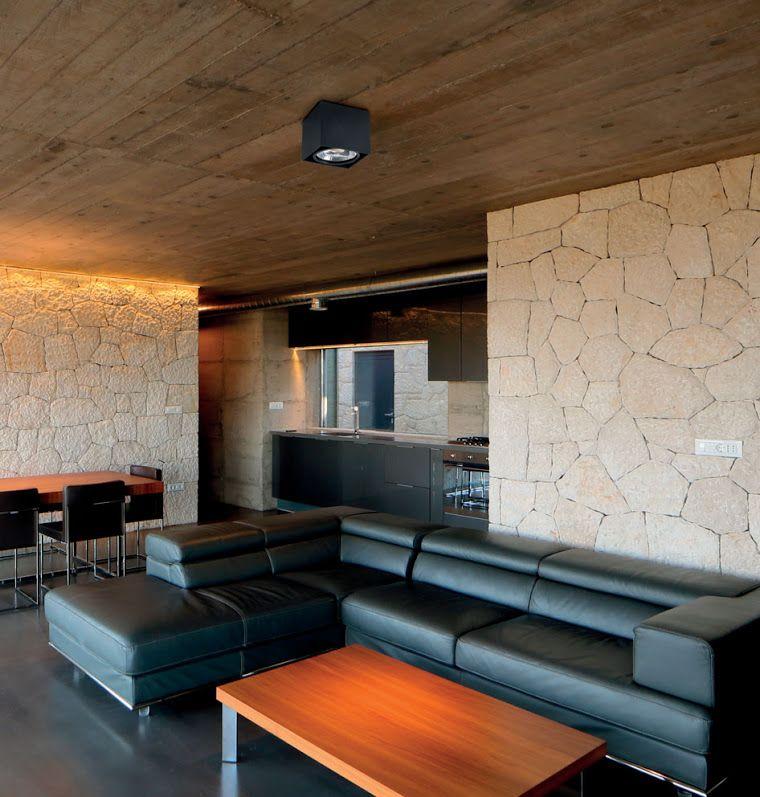 plafonnier tecto de faro barcelona un plafonnier moderne. Black Bedroom Furniture Sets. Home Design Ideas