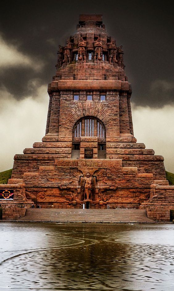 Monument To The Battle Of The Nations Leipzig Germany - Incredible monuments ever built