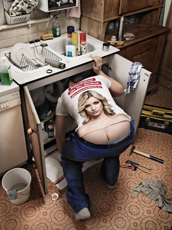 T Shirt Turns Plumbers Butt Crack Into Cleavage Interesting Stuff