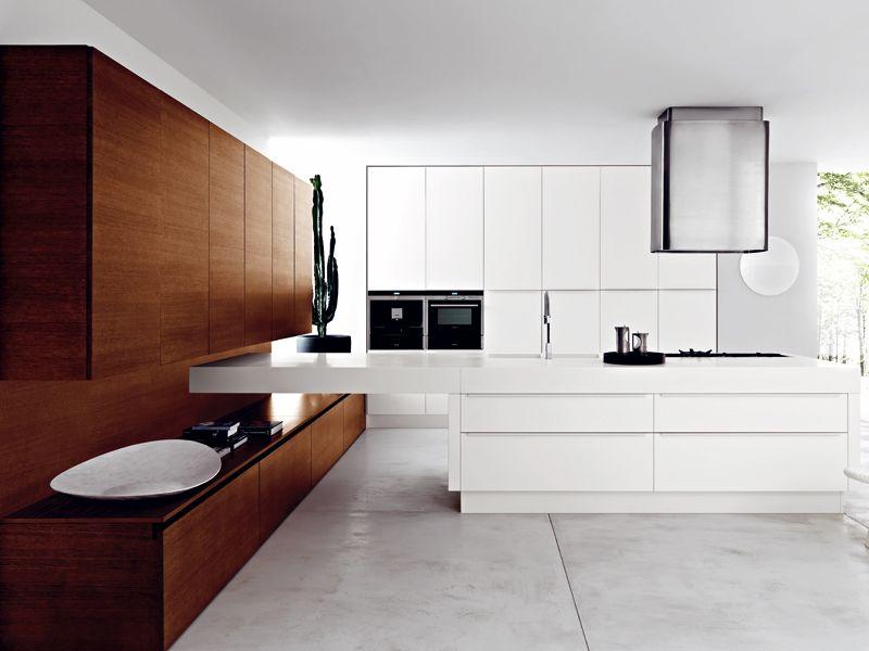 Classic, beautiful and serene: Siemens oven duo in a beautiful setting, by Cesar Arredamenti - design Gian Vittorio Plazzogna