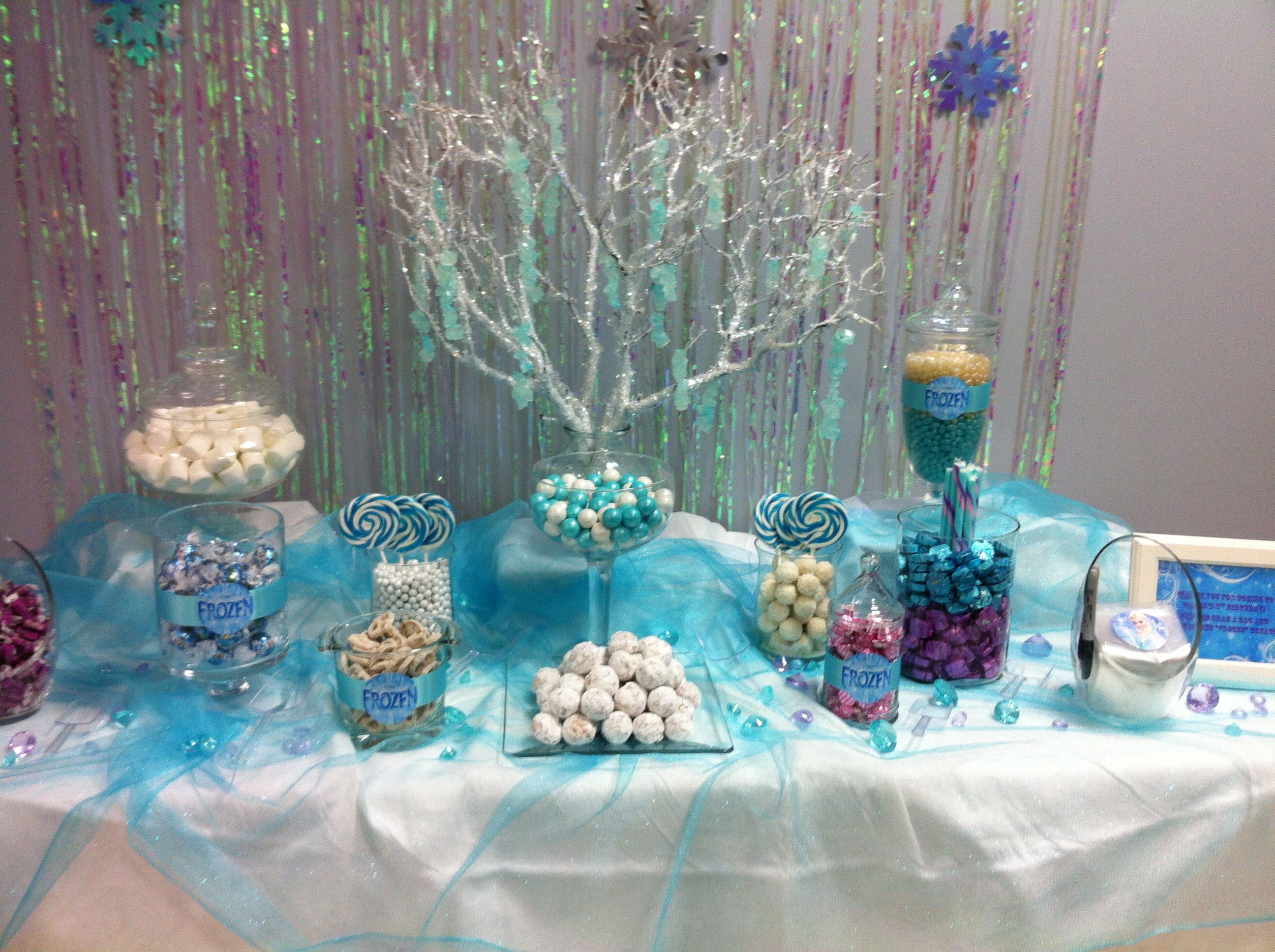frozen candy buffet for my daughter 39 s 8th birthday party party ideas pinterest frozen. Black Bedroom Furniture Sets. Home Design Ideas
