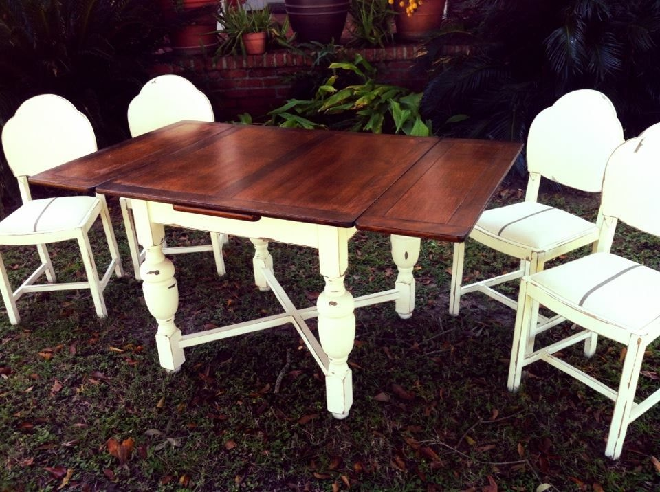 chalk paint decorative paint by annie sloan on a dining room set and seat cushions. beautiful ideas. Home Design Ideas