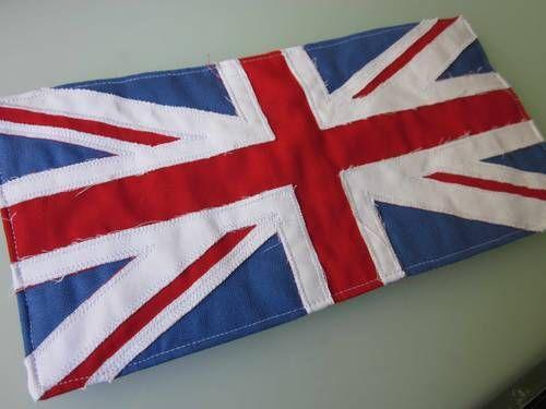 Reverse applique Union Jack mug rug - with tutorial! - QUILTING ...