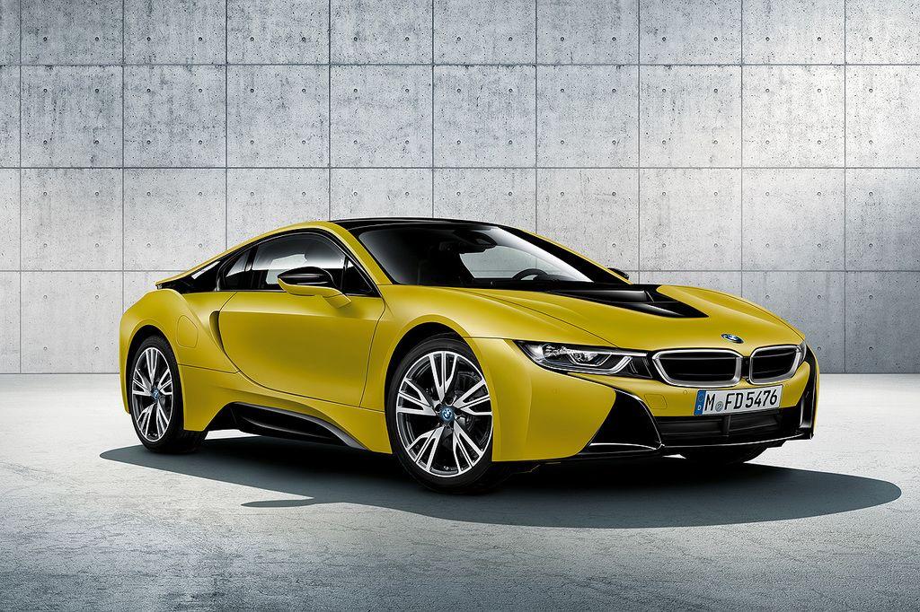 BMW i8 Protonic Frozen