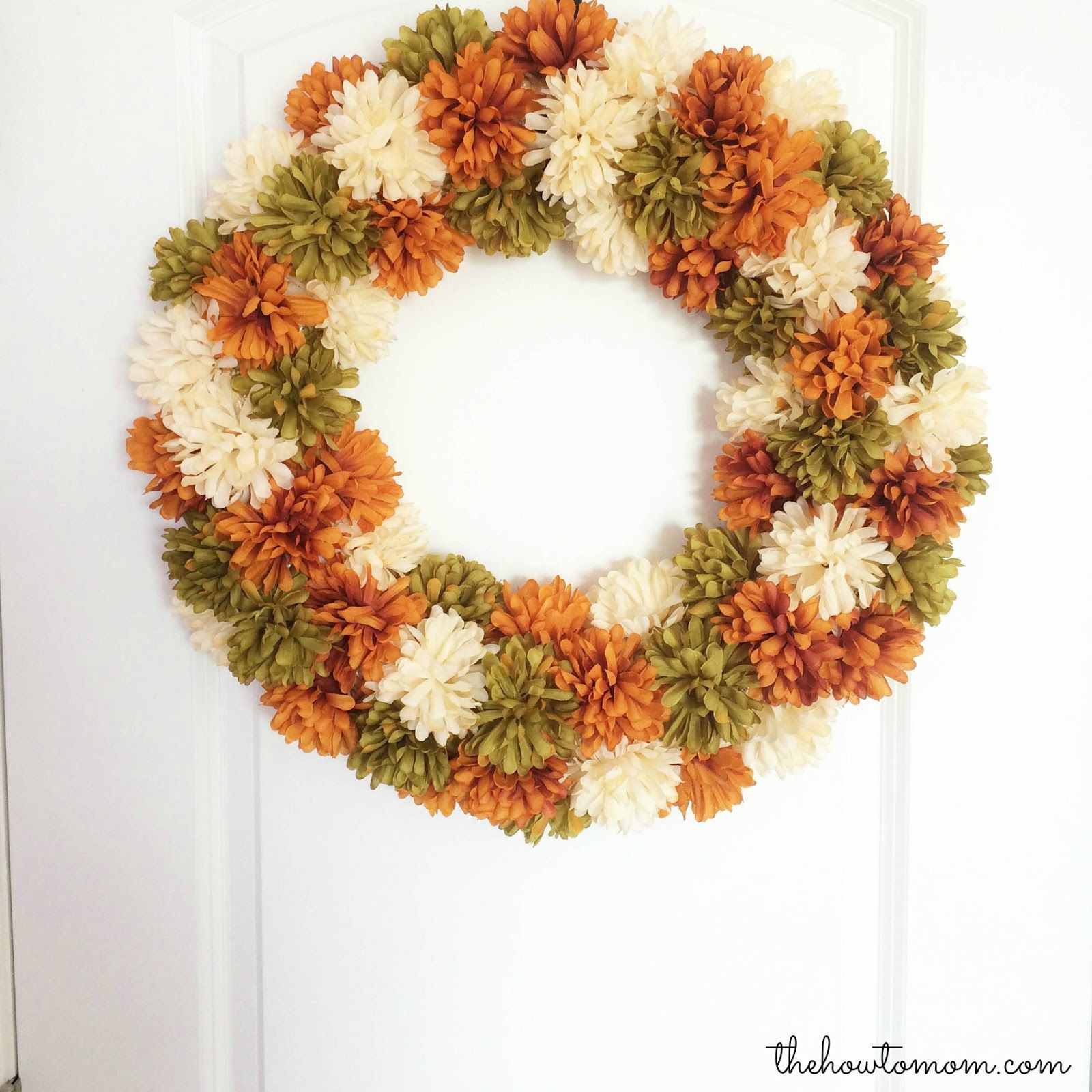 Easy Fall Mum Wreath DIY - no hot glue!