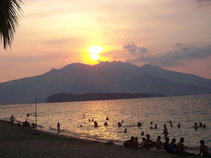 "Sunset on the beach :""> (taken at Camayan Beach Resort, Subic Zambales)"